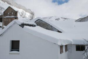Nieve en los tejados