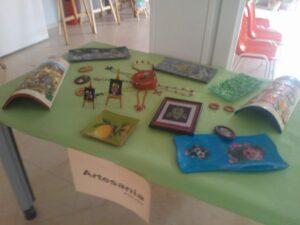 Mesa exposición Artesanía